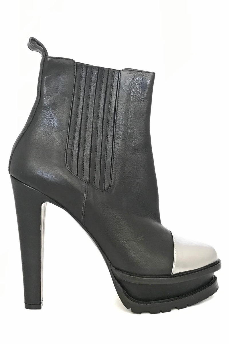 Etro Black + Silver Leather Cap Toe Ankle Booties / Sz 39-Style Therapy