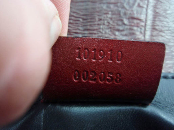 Gucci Sleek Burgundy Red Eel Skin Leather Clutch Bag - Style Therapy  - 10