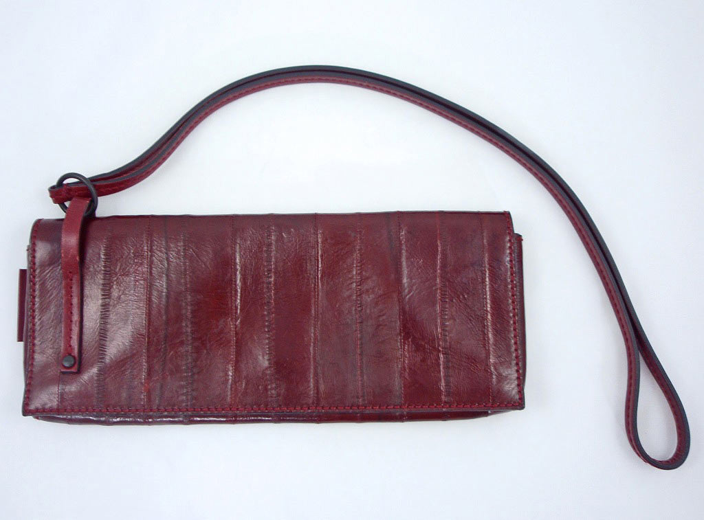 Gucci Sleek Burgundy Red Eel Skin Leather Clutch Bag - Style Therapy  - 2