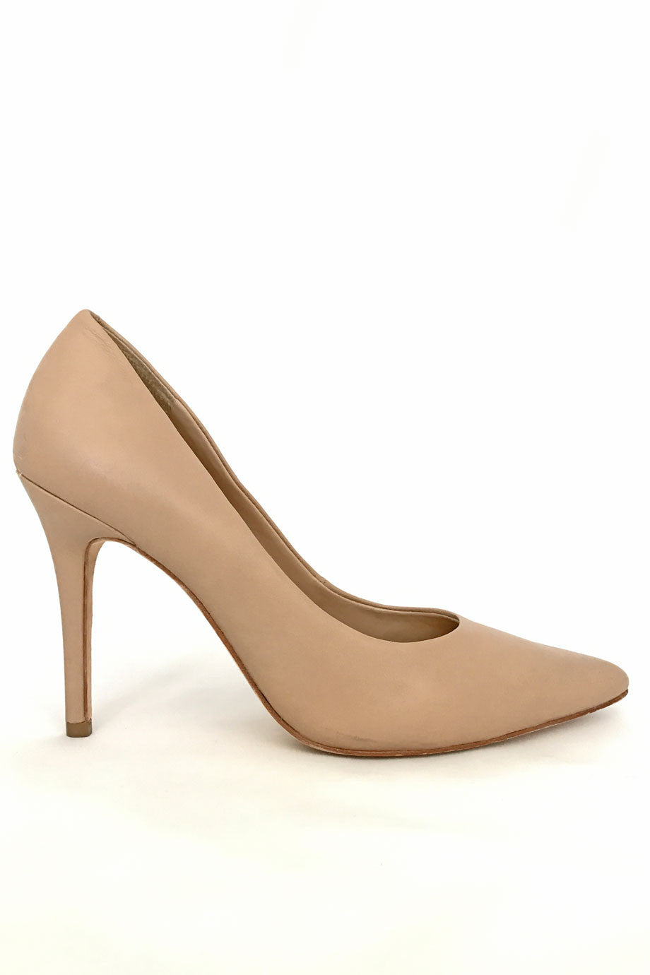BCBG Max Azria Nude Leather Opia Pointed Toe Pumps / Sz 8B - Style Therapy  - 2