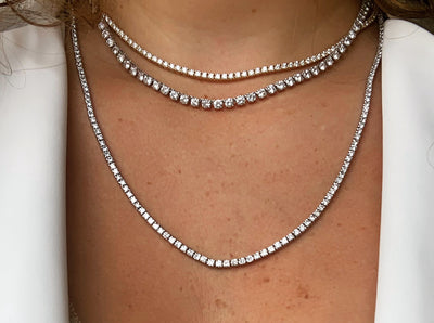 Perfecting The Casual Wear Of Classic Diamond Tennis Bracelets & Necklaces