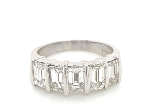 All about wedding bands: stacking & solo
