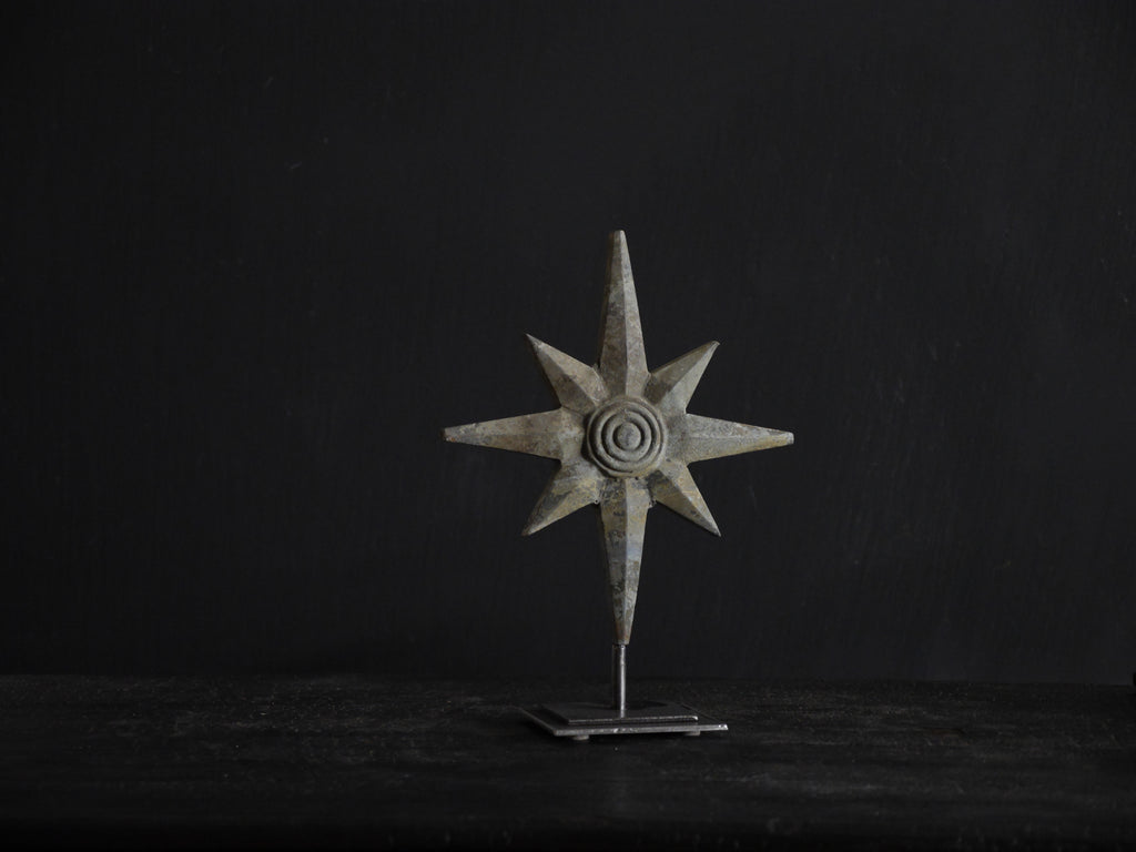 Solid metal star