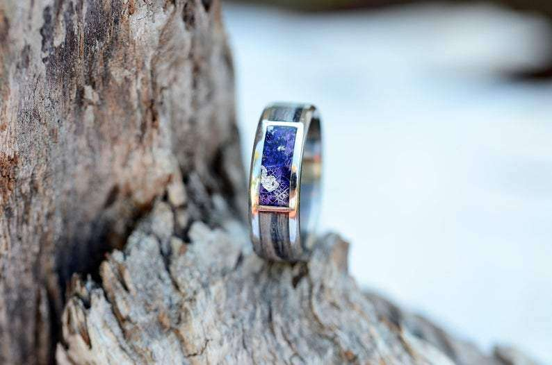 Eye of Iris Wood and Metal Handcrafted Wedding Ring | Grooves