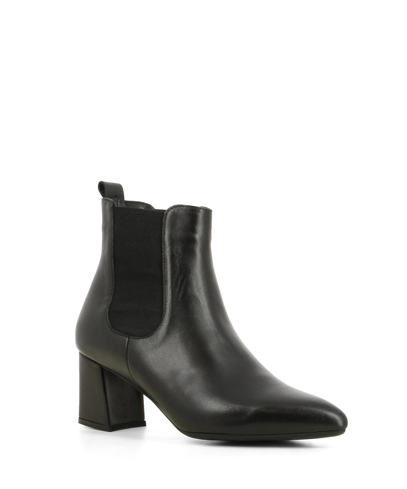 A classic black leather Chelsea ankle boot that features elastic side gussets, a 6 cm mid-block heel and a pointed toe by Sempre Di.