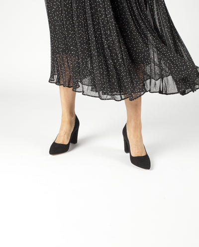 A classic black suede leather court shoe by ZOMP. The 'M502' features a high block heel and a pointed toe.