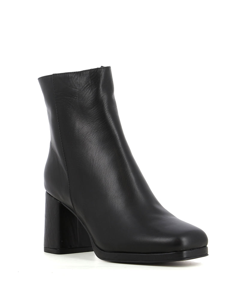A black leather ankle boot featuring zipper fastenings, a block heel, a platform sole and a square toe by 2 Baia Vista.