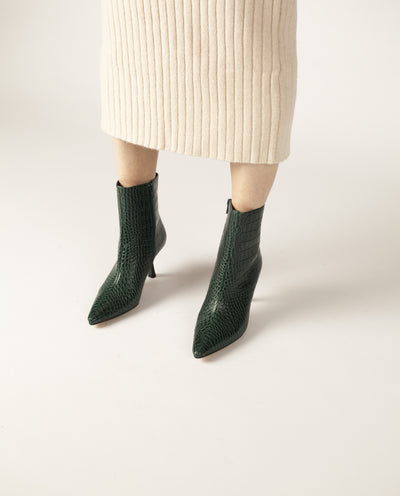 Wellington Green Croc - Forest green leather heeled ankle boots that have inner zipper fastening and features a croc skin texture to the upper, a modern angled 7 cm heel and a pointed toe by Zomp.