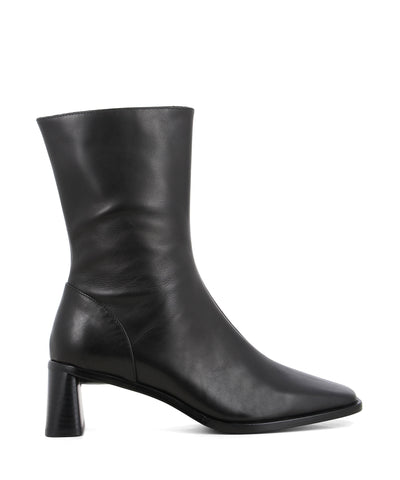 Sleek black leather calf length boots featuring zipper fastenings seam detailing on the upper, a flared block heel and a square toe by 2 Baia Vista.