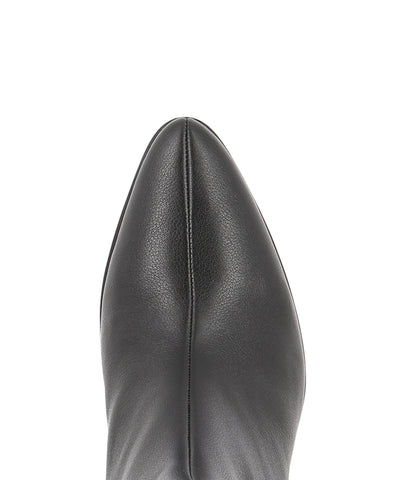Classic black leather ankle boots that have inner zipper fastening and featuring a low 5.5 cm curved block heel and a soft pointed toe by Zomp.