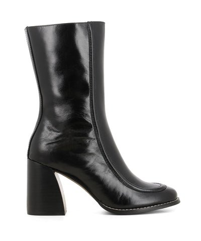 Black leather mid-calf boots that have inner zipper fastening and features piping detail on the upper, a curved block heel and a round toe by 2 Baia Vista.