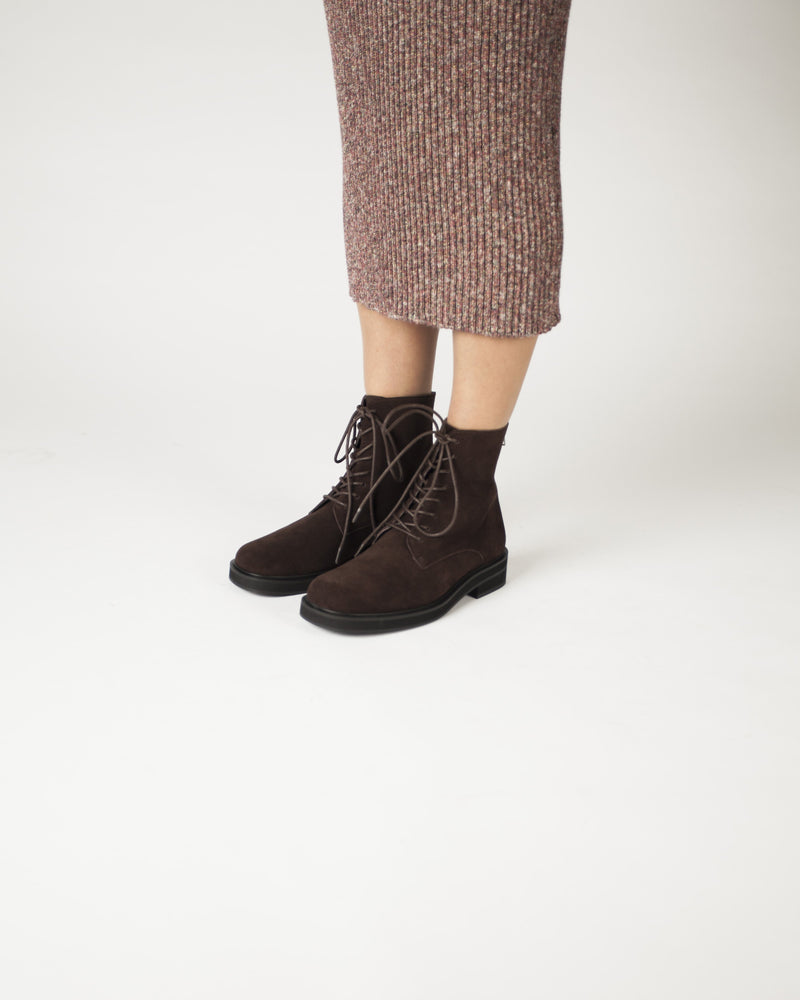 Brown suede lace up ankle boots featuring zipper fastenings, a low block heel and a soft square toe by 2 Baia Vista.
