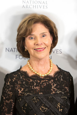 Laura Bush in golden South Sea pearls at the National Archives Foundation Records of Achievement Annual Award Gala on Oct. 10, 2018 Photo: Tasos Katopodis/Getty Images for National Archives Foundation