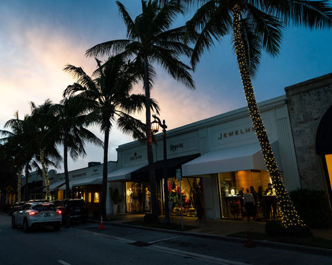 Evening falls on Jewelmer's boutique on Worth Ave. in Palm Beach