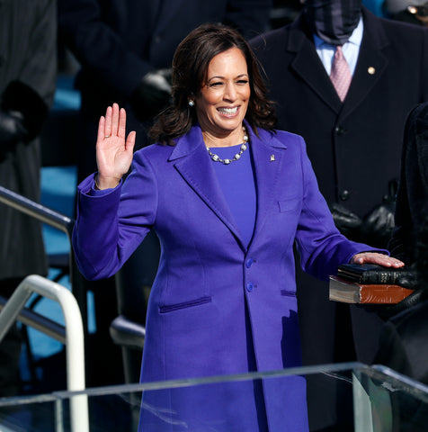 Kamala Harris on inauguration day in a gold and white South Sea necklace by Wilfredo Rosado Photo: Wilfredo Rosado