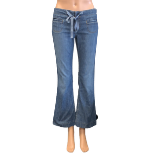 Jeans by Juicy Couture Size 4 - BRAND: JUICY COUTURE. STYLE: FLARE LEG WITH TIE WAIST. COLOR: BLUE. SIZE: 4 (26). SKU: 40321011972.