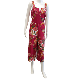 Sleeveless Long Romper by Xhilaration size M - BRAND: XHILARATION. SIZE: MEDIUM. STYLE: THICK STRAP SLEEVELESS CAPRIS ROMPER WITH FLORAL PRINT. COLOR: FUSCHIA, GREEN, PINK. SKU: 40321020372.