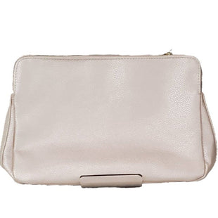 Makeup bag by Lancome Size M - BRAND: LANCOME. STYLE: ZIP CLOSURE MAKE UP BAG. COLOR: IRIDESCENT PINK. SIZE: MEDIUM. SKU: 40321021707.