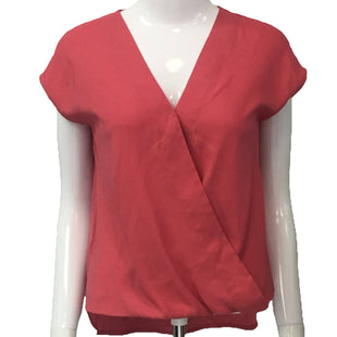 Top Short Sleeve by Ann Taylor Size XSP - BRAND: ANN TAYLOR. SIZE: X-SMALL PETITE. STYLE: SHORT SLEEVE WITH V-NECK. COLOR: PINK. SKU: 40321012605.