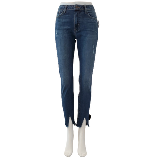 Jeans by JustBlack Size 8 - BRAND: JUSTBLACK. STYLE: DESTROYED FRONT SLIT. COLOR: MEDIUM WASH. SIZE: 8 (29 WAIST). SKU: 40321029317.