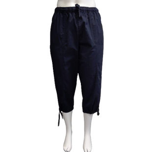 Pants by Lane Bryant Size 18/20 - BRAND: LANE BRYANT. STYLE: DRAWSTRING CAPRIS WITH CROCHET DETAIL. COLOR: NAVY. SIZE: 18/20 (2X). SKU: 40321019179.