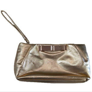 Wristlet by Victoria's Secret Small - BRAND: VICTORIA'S SECRET. STYLE: ZIPPER TOP. COLOR: GOLD. SIZE: SMALL. SKU: 40321017897.