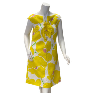 Dress by Boutique Moschino size Small - BRAND: BOUTIQUE MOSCHINO. SIZE: 6/SMALL. STYLE: SHIFT DRESS, QUILTED UNPADDED FABRIC WITH PATTERN.. COLOR: YELLOW, WHITE, PINK, GREEN. SKU: 40321025677.