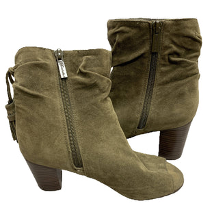 Boots Ankle Low Heel by Brickelle's Size 6 - BRAND: BRICKELLE'S. STYLE: ANKLE BOOTS WITH PEEP TOE, ZIPPER OPENING AND TASSLE DETAIL. SIZE: 6. COLOR: OLIVE GREEN. MATERIAL: SUEDE. SKU: 40321006615.