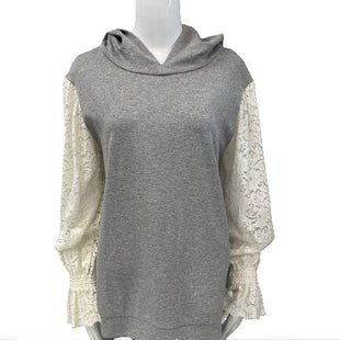 Sweater by Zara Trafaluc Size M - BRAND: ZARA TRAFALUC. STYLE: HOODIE SWEATSHIRT WITH LACE SLEEVES. COLOR: GRAY AND CREAM LACE. SIZE: MEDIUM. SKU: 40321004932.