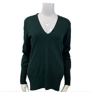 Sweater by Banana Republic Size M - BRAND: BANANA REPUBLIC. STYLE: SILK COTTON CASHMERE V-NECK. COLOR: GREEN. SIZE: MEDIUM. SKU: 40321009120.