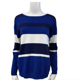 Sweater by Cable and Gauge Size M - BRAND: CABLE AND GAUGE. STYLE: CREW NECK WITH SHORT ZIPPER DOWN BACK. COLOR: BLUE, BLACK AND WHITE. SIZE: MEDIUM. SKU: 40321001475.