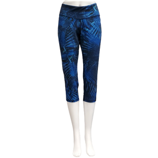 Athletic Bottoms by Old Navy Active Size L - BRAND: OLD NAVY ACTIVE. STYLE: GO DRY CAPRIS. COLOR: BLUE AND BLACK. SIZE: LARGE. SKU: 40321023734.