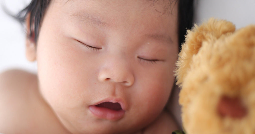 Easy Ways to Help Your Baby or Toddler Sleep at Night