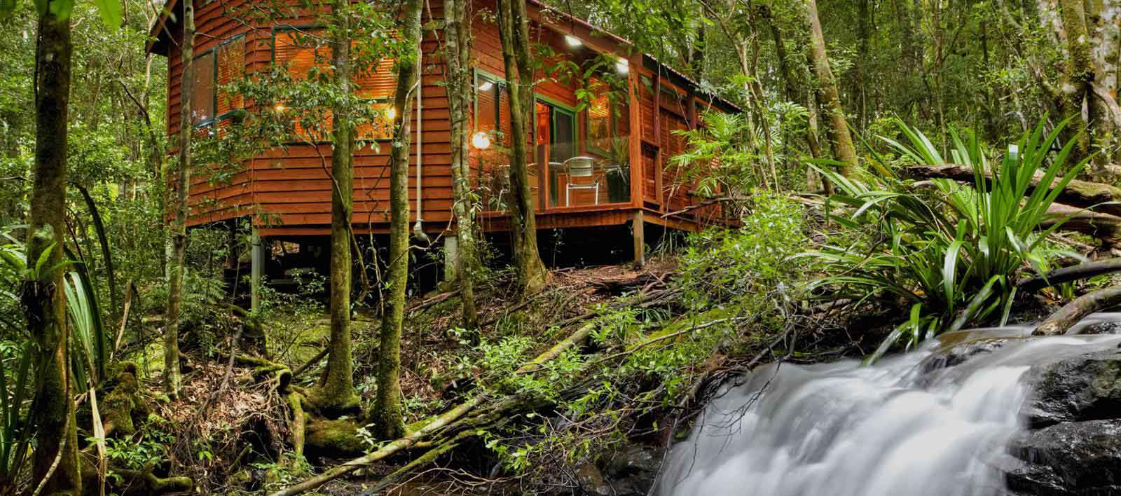 A beautiful Gold Coast hinterland romantic couples accommodation option for guests of The Bower Estate located in Springbrook