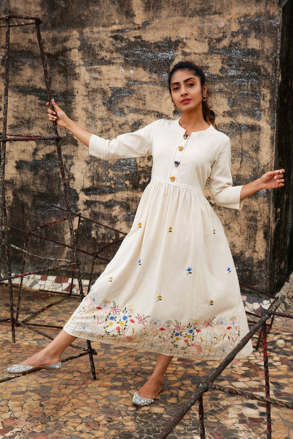White Embroidered Long Kurti
