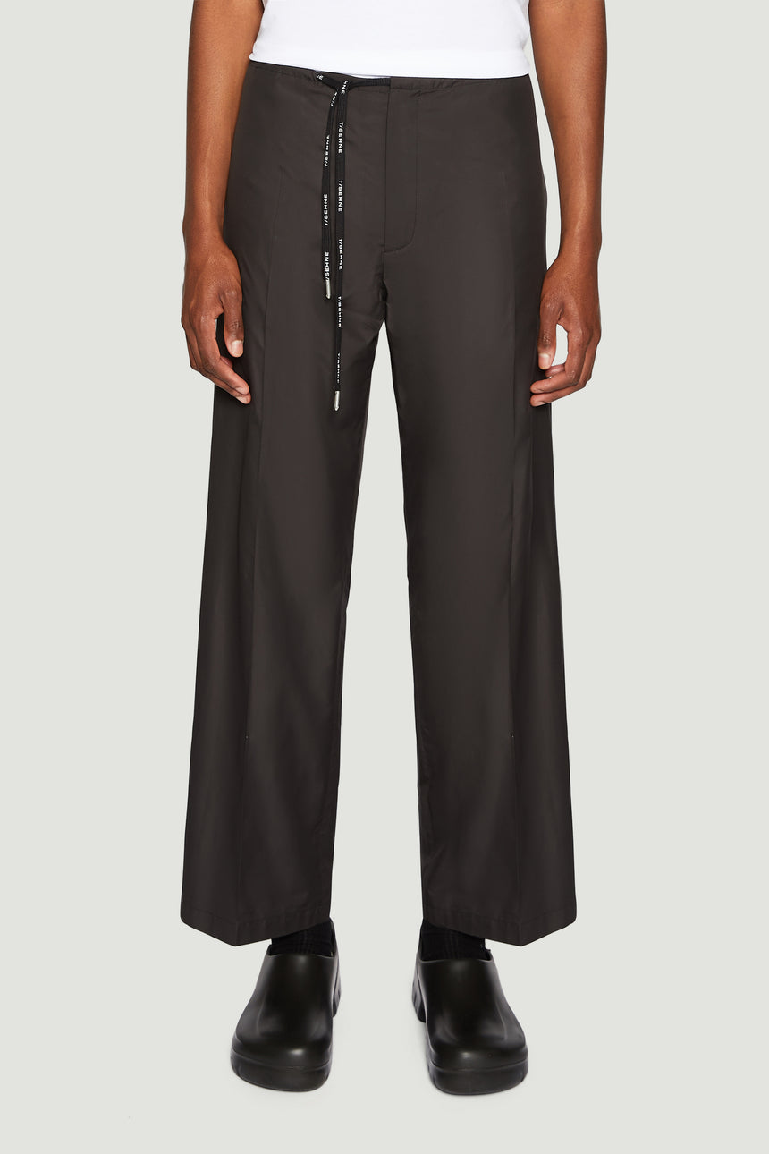 Wide-leg black trousers