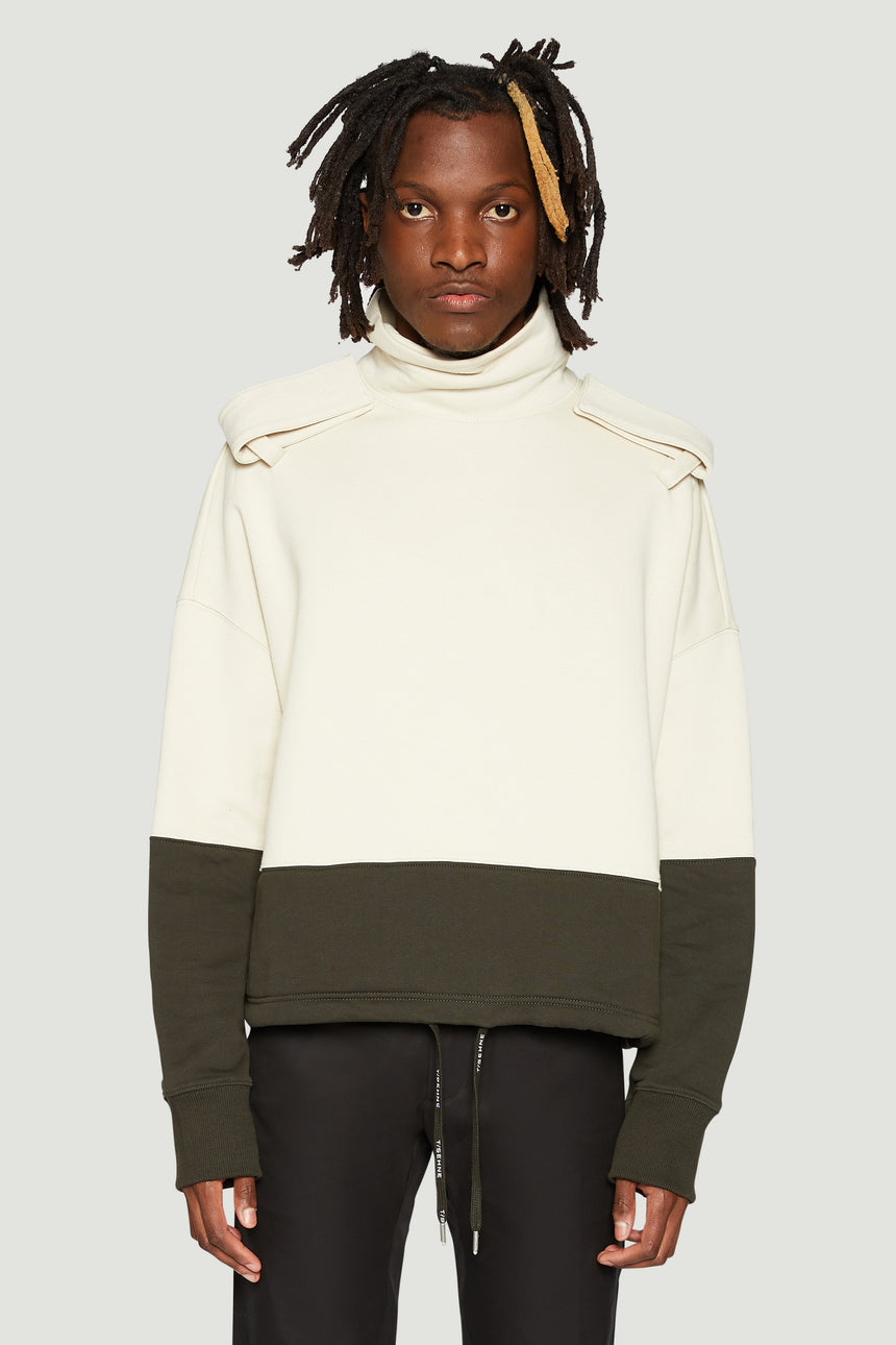 Oversized epaulettes turtleneck
