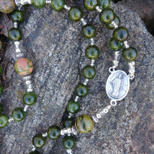 Load image into Gallery viewer, Saint Patrick Rosary Beads