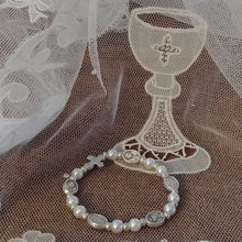 Load image into Gallery viewer, First Holy Communion pearl bracelet