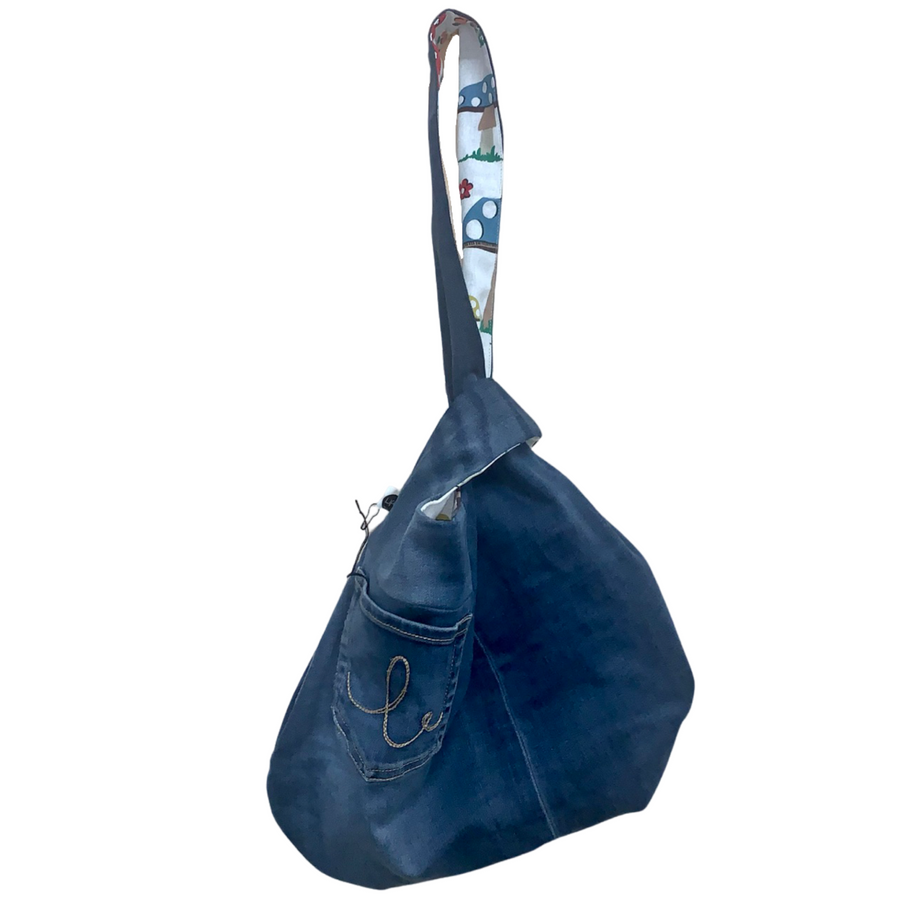 young at heart shorts | size 9