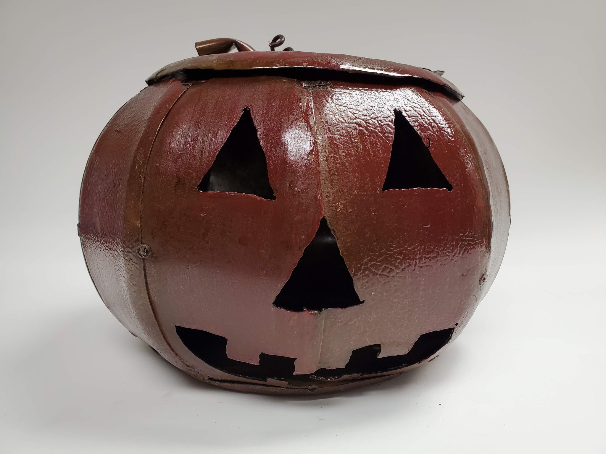 Medium Pumpkin - Red/Rust colored - Scrap Metal Art