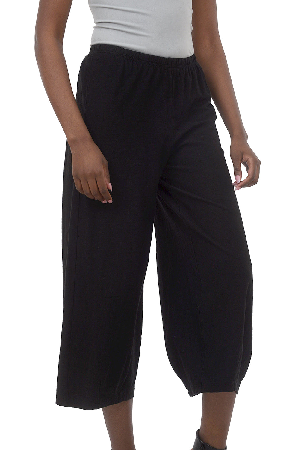 Cropped Darted Pants, Black