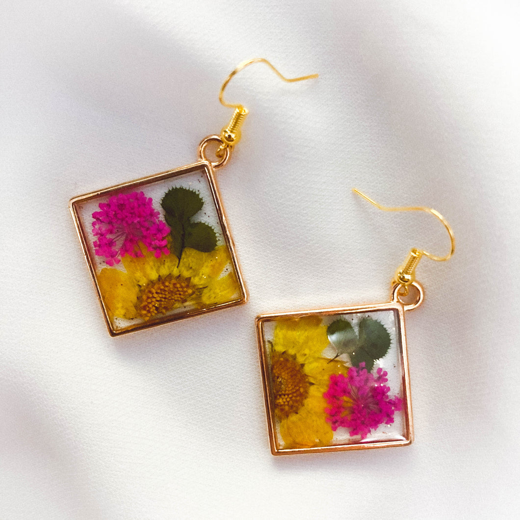 [LCE003] Living in Colour Earring