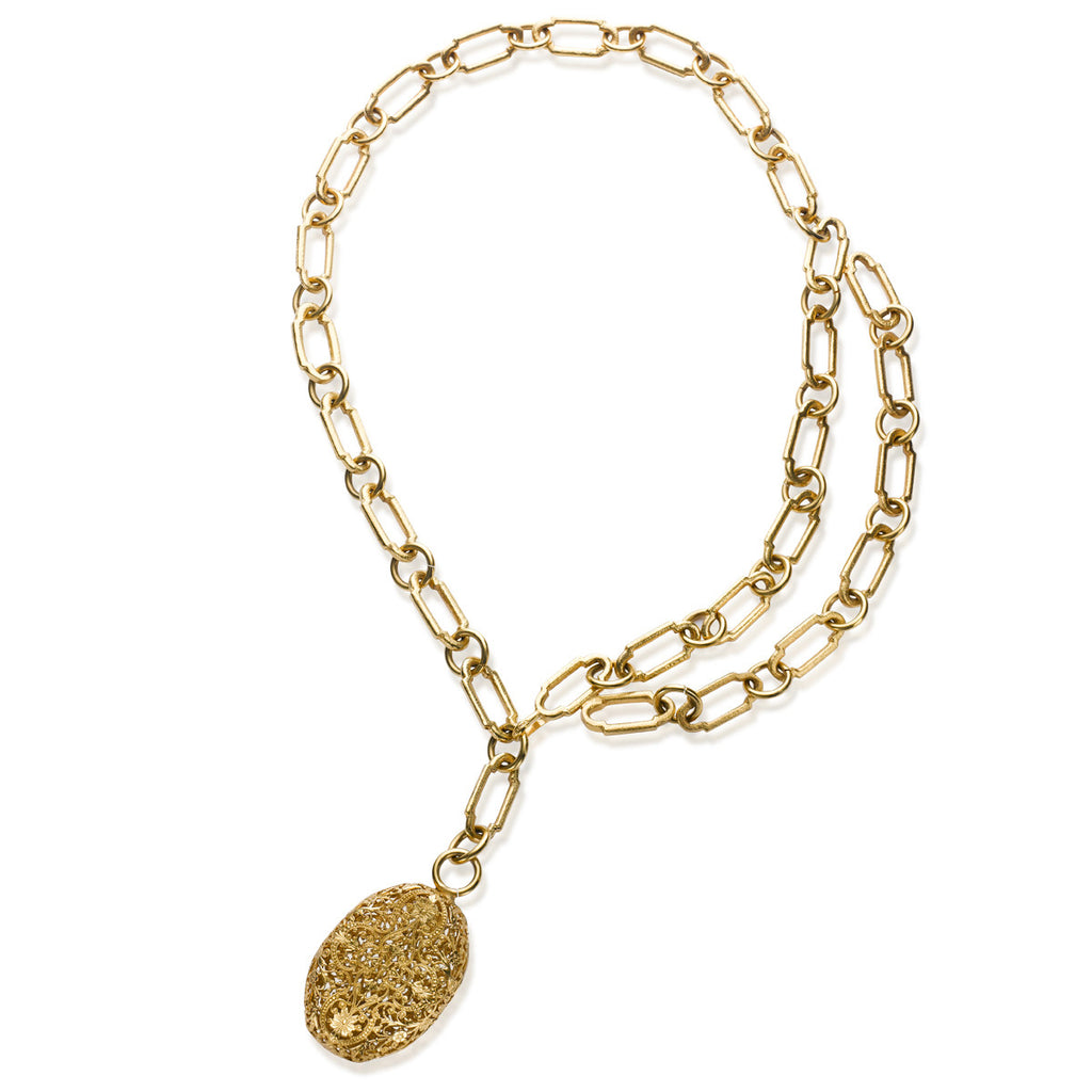 VINTAGE CHANEL GOLD TONE NECKLACE OR BELT, CIRCA 1995