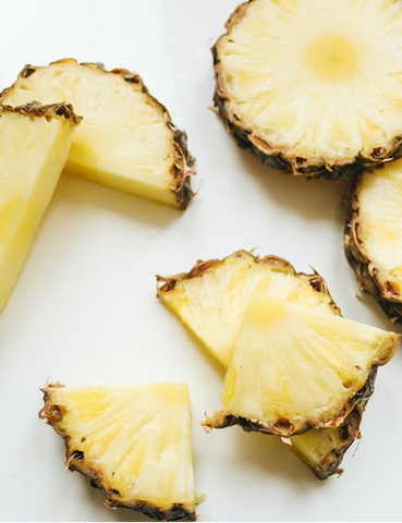 Fresh pieces of sliced pineapple