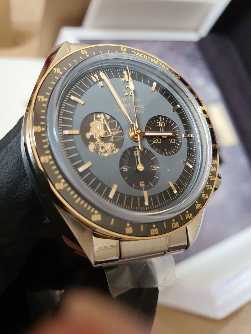 Omega Speedmaster Moonwatch Apollo 11 50th Anniversary 310.20.42.50.01.001