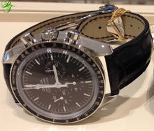 Load image into Gallery viewer, Omega Speedmaster MOONWATCH SAPPHIRE on Leather 311.33.42.30.01.002