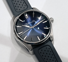 Load image into Gallery viewer, H.Moser & Cie. Pioneer Centre Seconds Blue