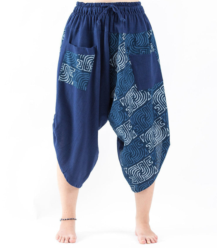 Unisex two Tone Maze Print Three Quarter Pants in Blue