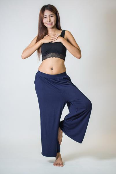 Womens Solid Color Stretchy Palazzo Pants in Navy